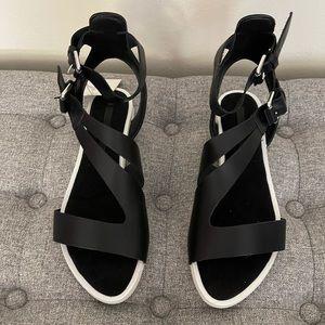 Zara's Women's Sandals!NWT